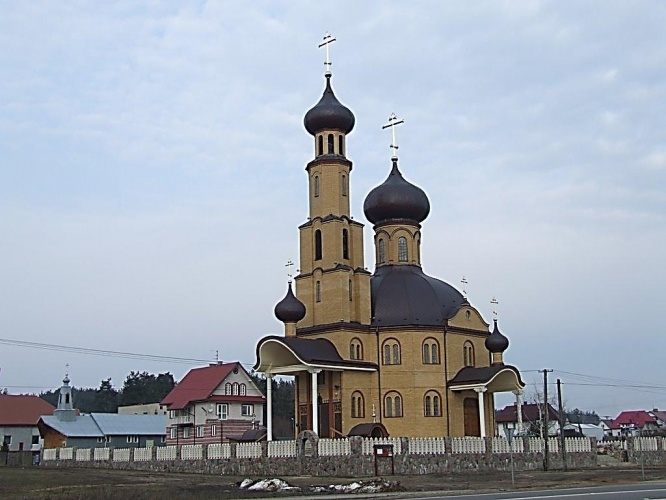 belostok_cathedral_and_church_2